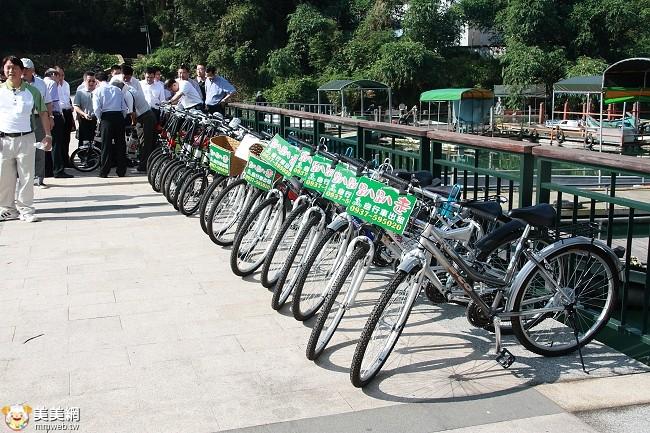 日月潭騎自行車