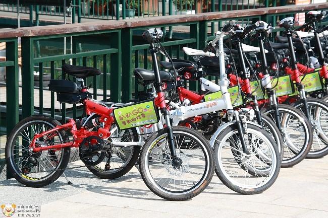日月潭騎腳踏車