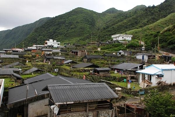 precious traditional houses