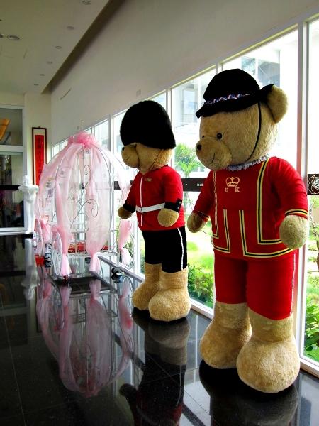 【彰化】彰化美食-全國麗園咖啡廳-全亞洲最大泰迪熊展